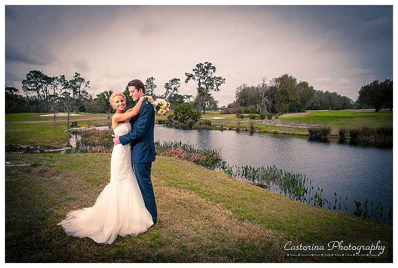 Tampa Bay wedding photography at Quail Hollow lake by Castorina wedding Photography