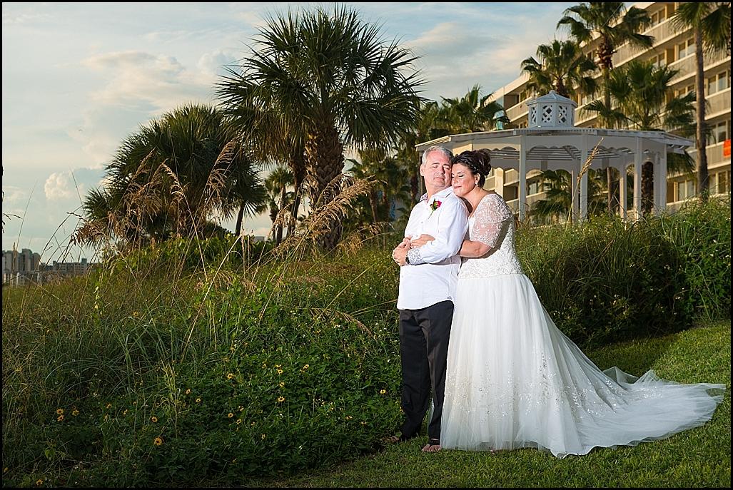 6707b07936 St. Pete Beach Bride and Groom Outdoor Wedding Portrait | St. Petersburg  Wedding Photographer
